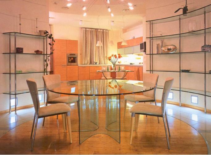 Зеркала и элементы мебели из стекла